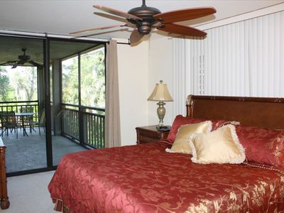 Master Bedroom - King Bed, Sliding Door to Lanai.