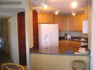 Lahaina condo photo - New Remodeled Fully Furnished Kitchen