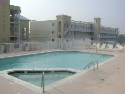 Third Floor-Same Level Outdoor Swimming Pool/Hot Tub/Patio