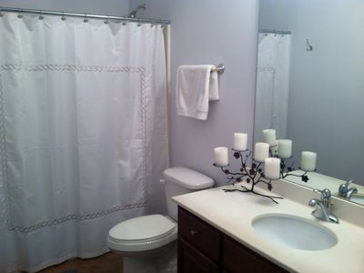 2nd Queen Room Bathroom