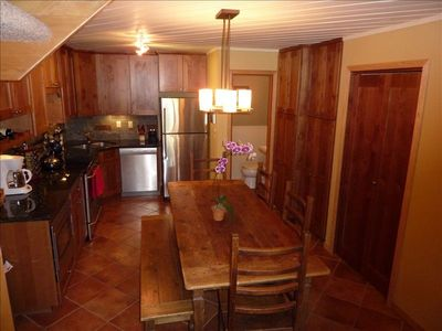 Upgraded kitchen with all amenities