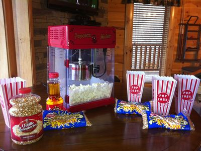 FREE POPCORN for EVERY GUEST in PROFESSIONAL POPCORN MAKER