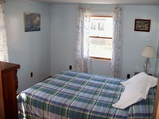 Plum Island house photo - Bedroom w/ queen bed