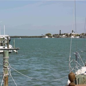 Wide Open Waterviews, Fishing Dock w/Bait Table & Underwater Fish Light!