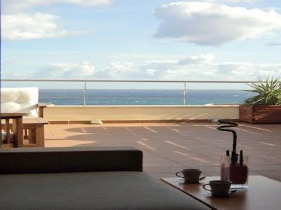 Penthouse with pool and terraces, excellent sea views and a few meters from the beach