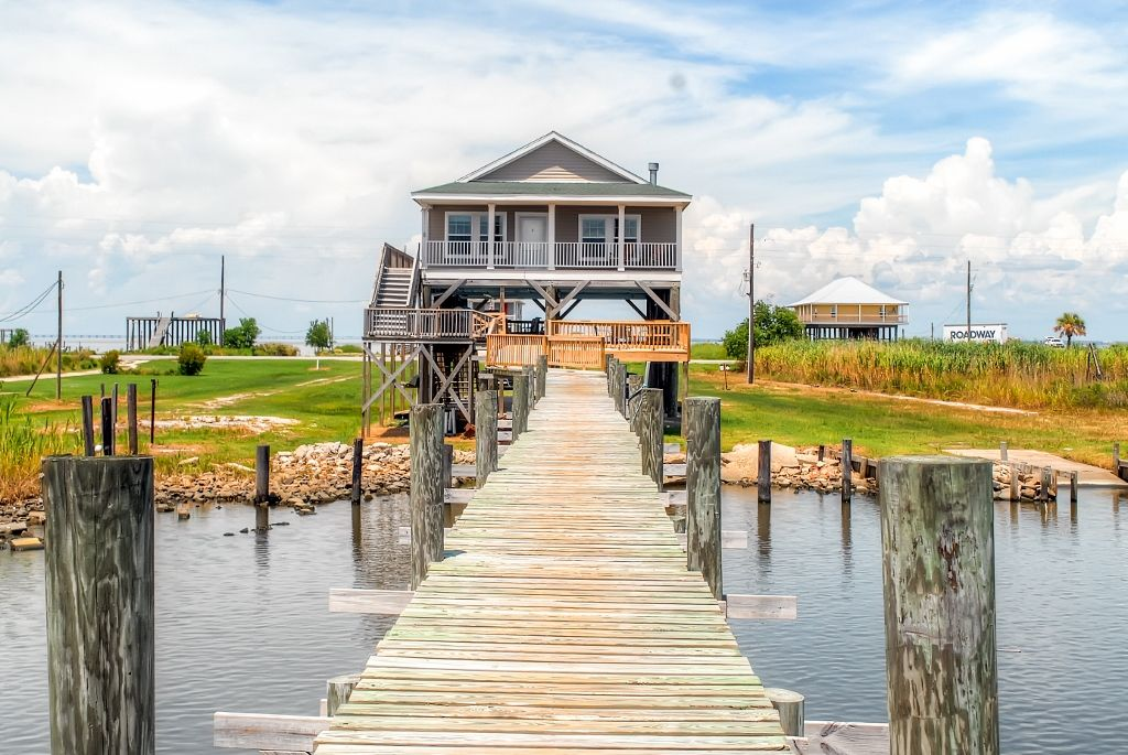 Peaceful 3br new orleans home w private dock vrbo - 1 bedroom houses for rent in new orleans ...