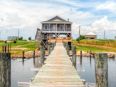 Waterfront 3BR New Orleans Home w/Private Dock