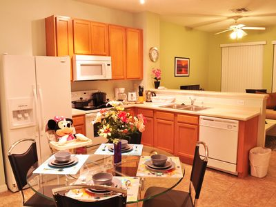 ⭐SPECIAL⭐ 3 Bed/ Patio/ Wii/ BABY-Friendly/ Premium Resort/ 4 Miles to Disney!