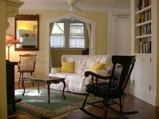 Oak Bluffs house photo - Living room with Alcove