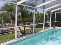 Coastal Charmer With Boat Lift And Pool; Direct Gulf Access And All Amenities