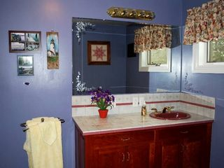 Bar Harbor house photo - Private master bathroom.