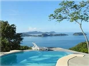 Private infinity edge pool w/ view of Flamingo marina, amazing sunsets, islands.