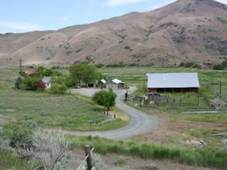 Huntington house photo - Overview of the ranch property