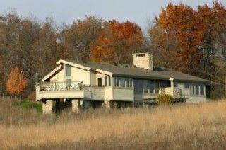 Lake Sinissippi house rental - Prairie House in fall