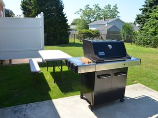 Scarborough Beach house photo - weber gas grill