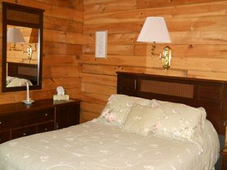 Green Lake cabin photo - Another view of master bedroom (nightstand to right not pictured)