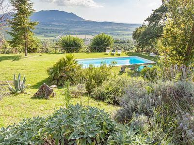 Beautiful Villa with Swimming Pool and Large Garden in Sabina close to Rome