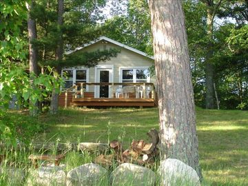 Brainerd cabin rental - Lakeside of the cottage