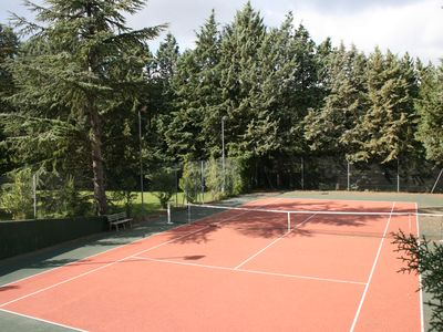 BEAUTIFUL villa, POOL and TENNIS 9 people quiet, Aix in 5 minutes
