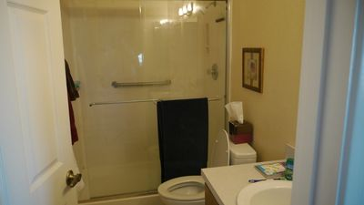 Green Valley townhome rental - master en-suite