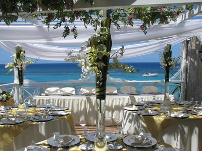 Our wedding ministry provide free wedding to couples living together  in Jamaica
