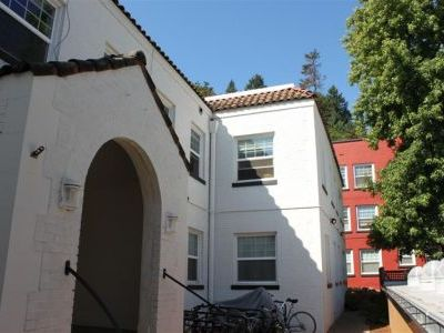 Portland apartment rental - Front of building