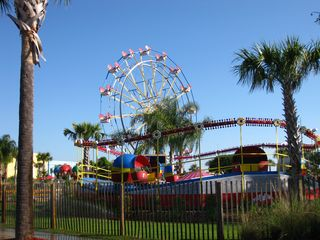 Splash Resort condo photo - The Ferris wheel at Pier Park