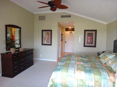 2nd bedroom suite exudes hawaiian elegance - silky bedding and new flat screen