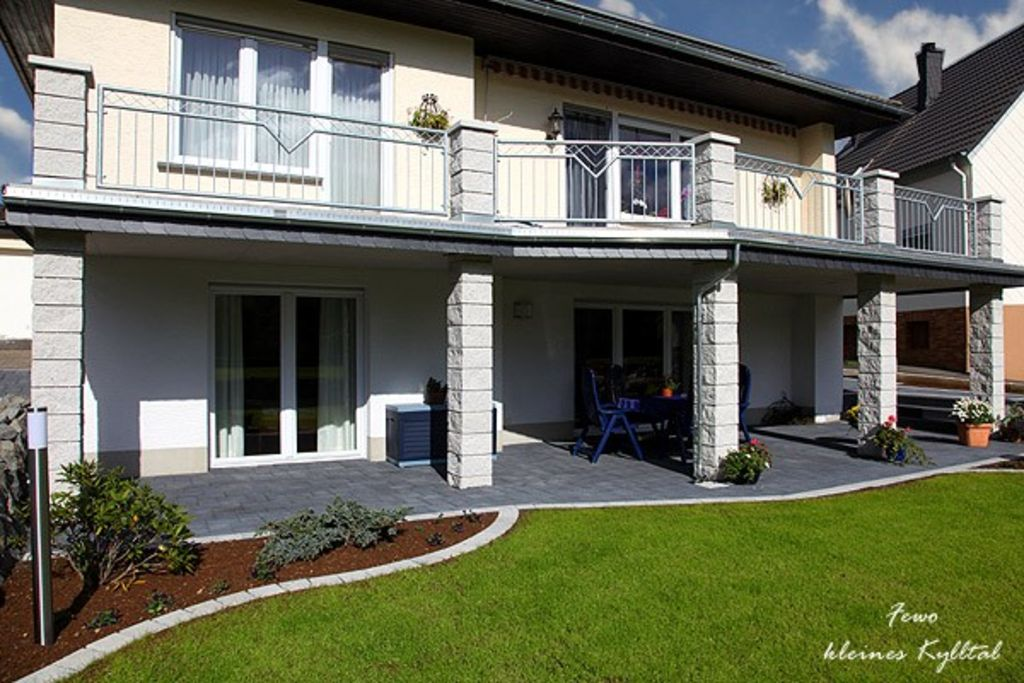 **** Comfort apartment Small Kylltal in Oberstadtfeld / Eifel, 30 square meters south-facing terrace
