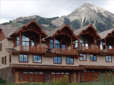 The Hawk's Nest Townhomes and Mt. Crested Butte