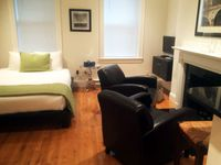 Trendy Furnished Apartment Rental In Amazing Back Bay Location!