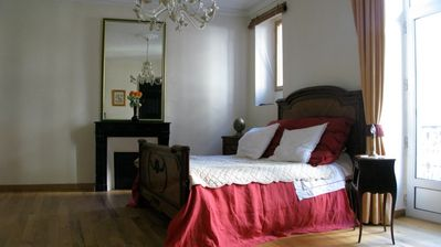 Less than 100 meters from the Port, charming 70m2 T3 for one or two people