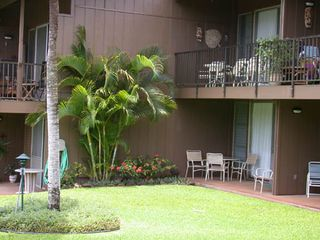 Honokowai condo photo - Downstairs condo and lanai