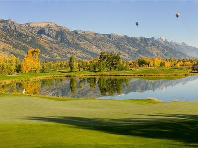 Teton Pines Resort & Country Club. Golf in the heart of the Tetons!