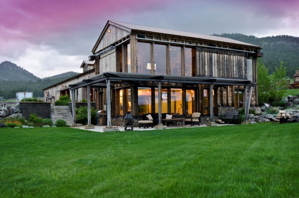 bozeman builders luxurious 60 acre ranch compound in the heart vrbo