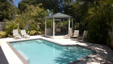 Walk to St Armands Circle! Spacious Home with Private Secluded Pool!