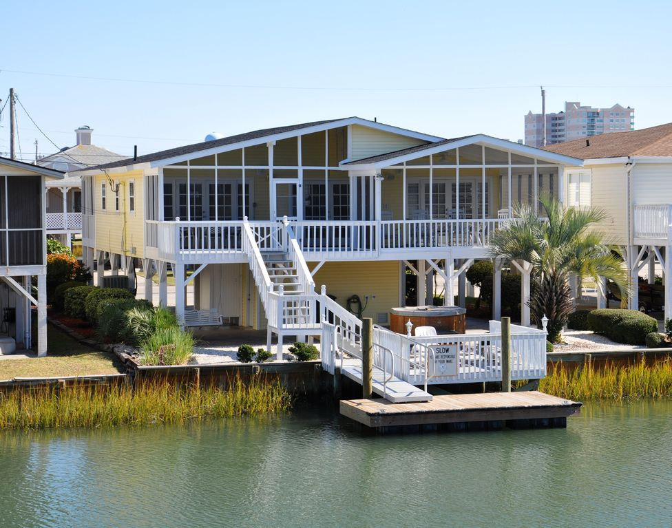 Beautiful channel house in cherry grove sc vrbo for Www vrbo com