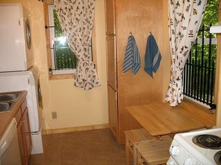 Shakopee cottage photo - Kitchen w/ dishwasher, laundry