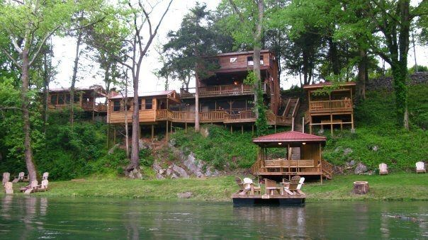 South holston river lodge fly fishing resort vrbo for Fishing cabin rentals