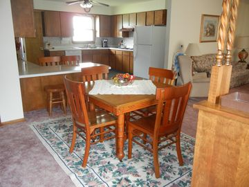 West Union house rental - Open floor plan allows for great conversations during meal prep and otherwise.