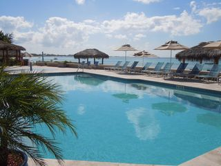 Grand Cayman condo photo - oceanside pools