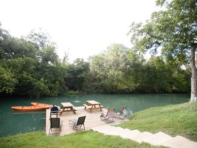 Geronimo Creek dock, kayaks are for the use of all guests. Great Fishing!