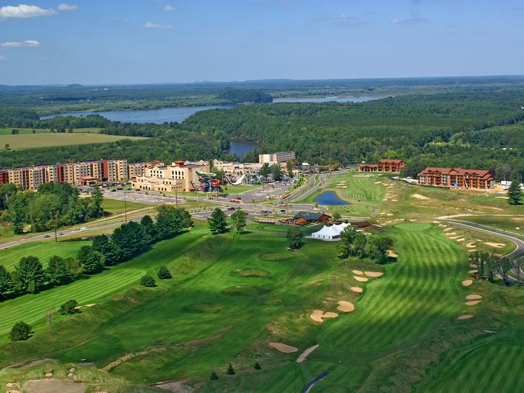 Wisconsin Dells Golf Wisconsin Dells Resort: Condo At One Of Wisconsin Dells Largest Resorts