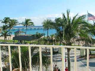 Deerfield Beach condo photo - View of the Deerfield Beach Fishing Pier