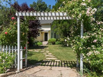 Los Olivos farmhouse rental - Entry
