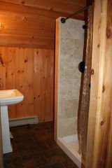 Big Bay cabin photo - Fully equipt loft Bathroom