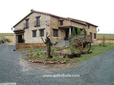 A great country house in a small village in the heart of the Salamanca