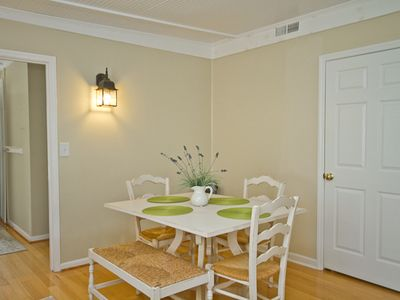 Tybee Island cottage rental - Dining table.
