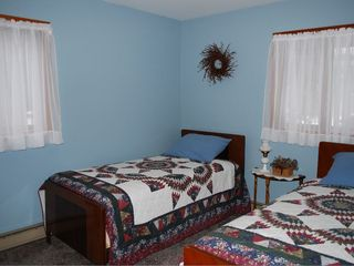 Bar Harbor house photo - Upstairs bedroom with twin beds.