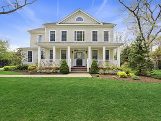 Quogue house photo
